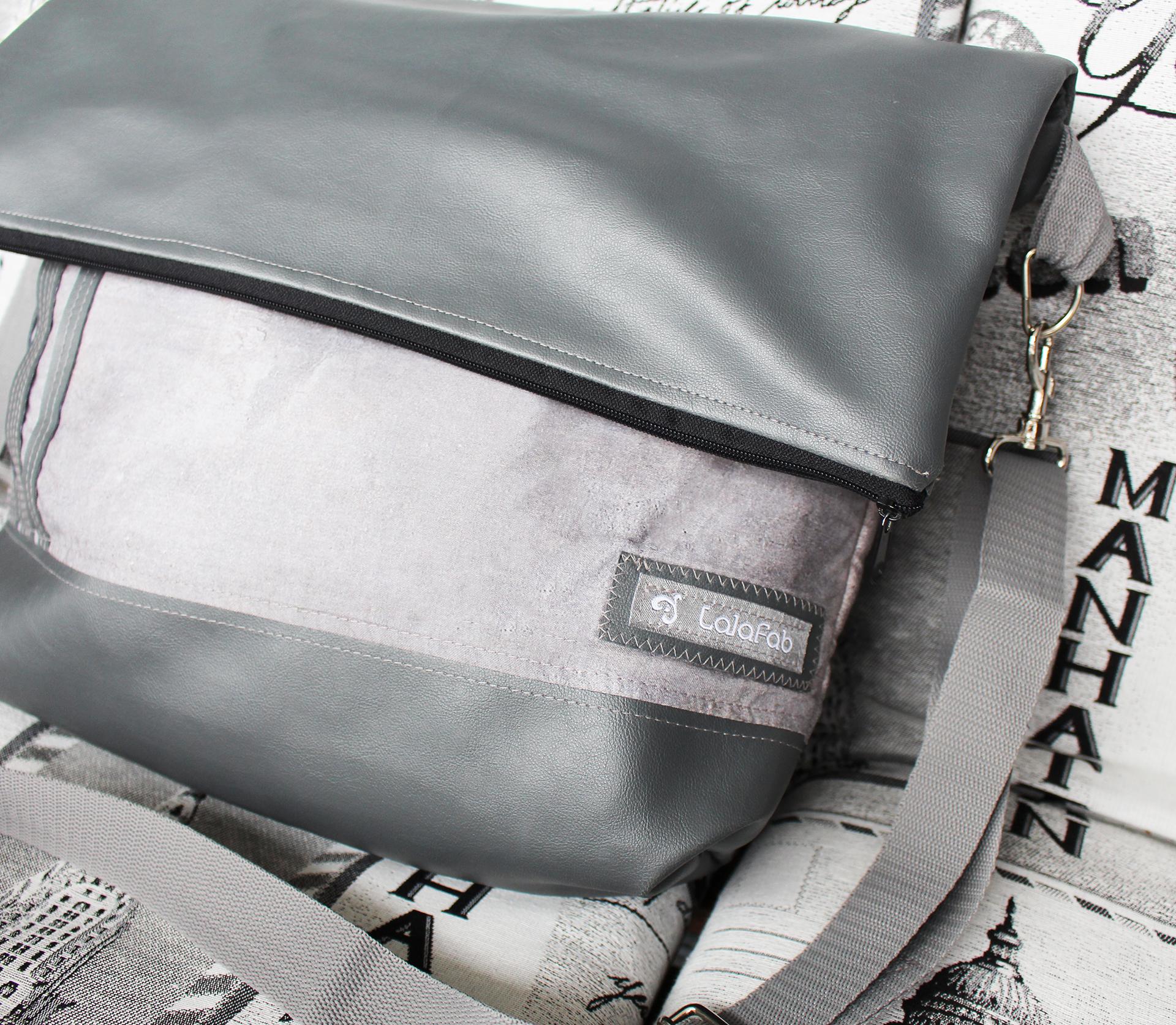 Fold-Over Tasche – Meine ideale Reisebegleitung.