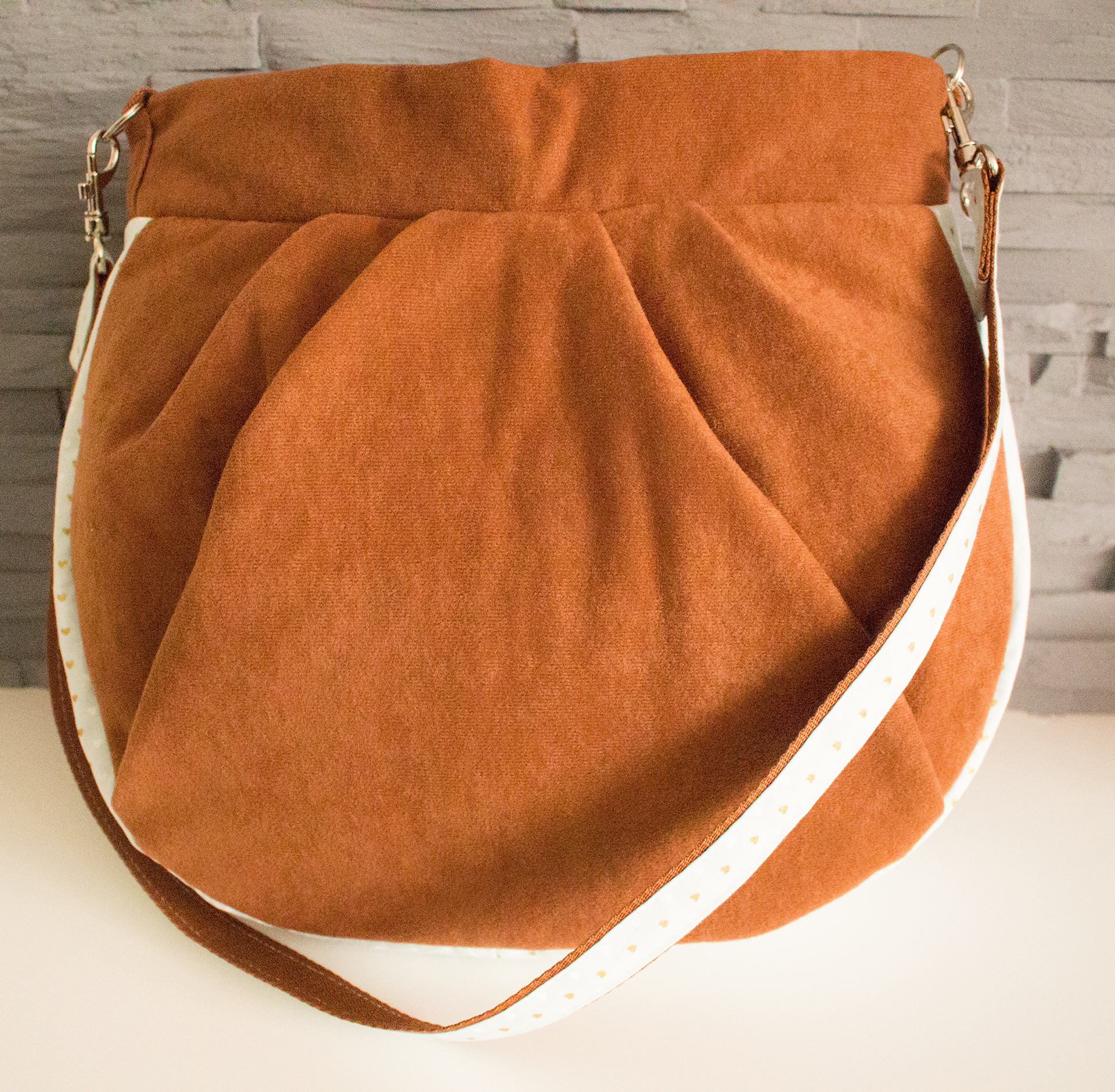 hobo bag eine l ssige tasche f r jeden tag lalafab. Black Bedroom Furniture Sets. Home Design Ideas