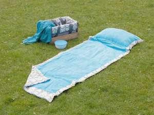 Picknickdecke mit Kissen von Dawanda