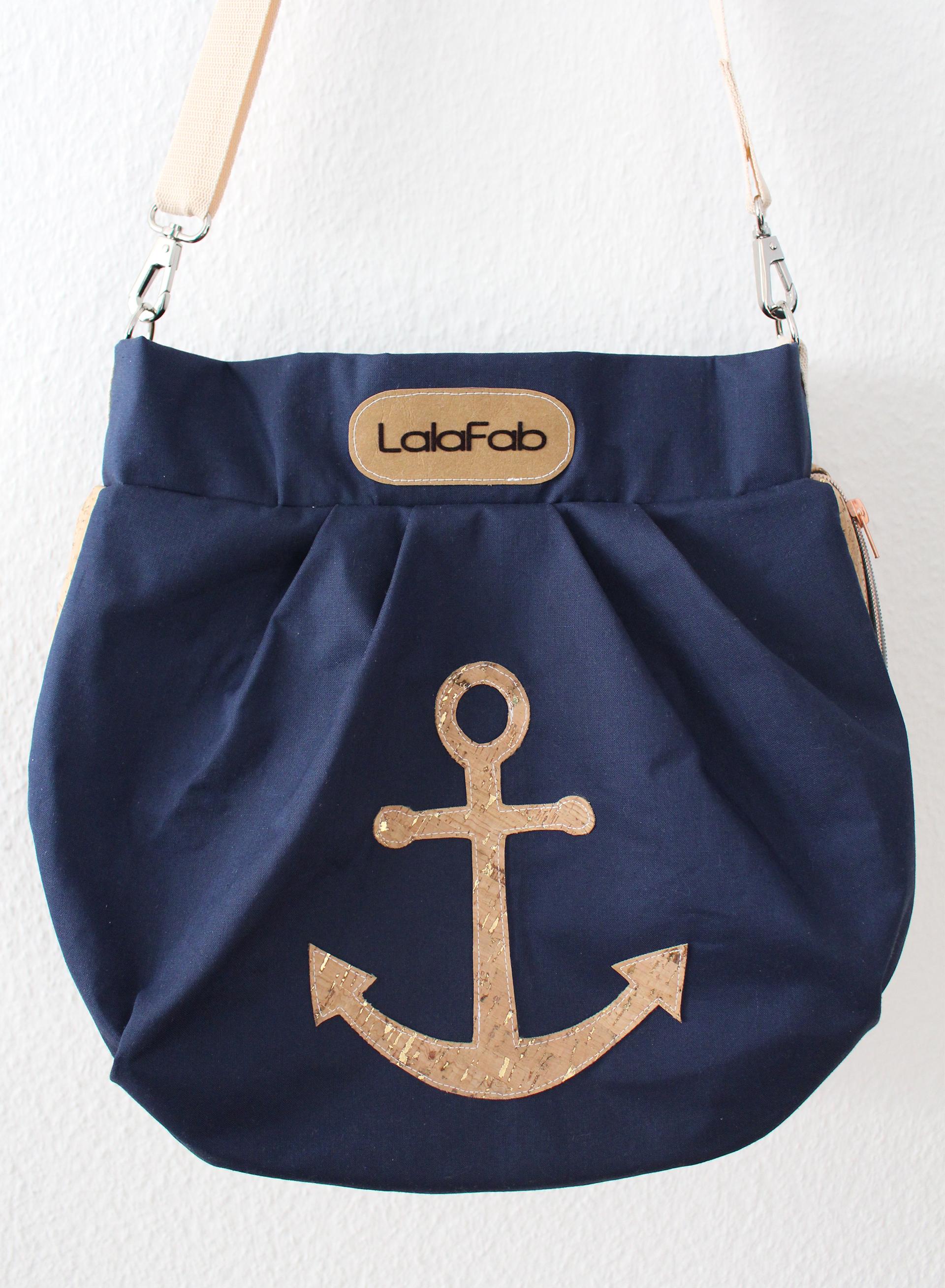 Die Hobo Bag mit Korkelementen